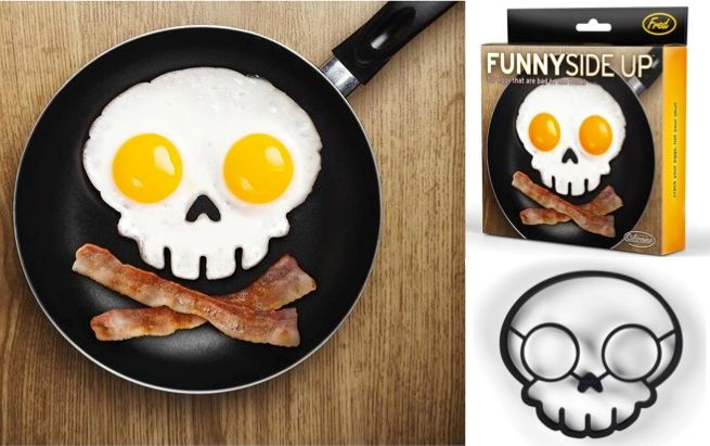 FUNNY SIDE UP Gothic Skull Silicone Fried Egg Mold